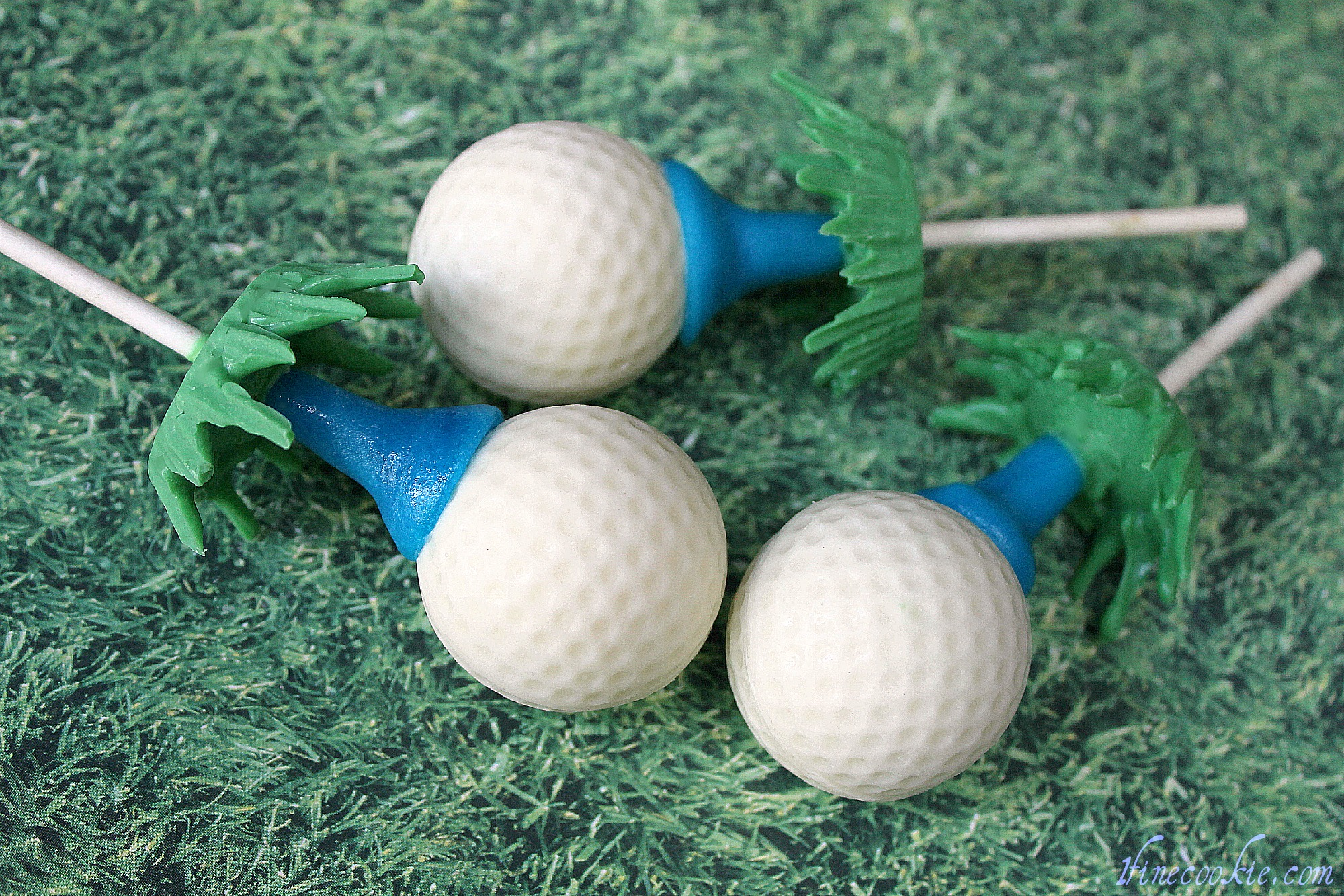 Golf Ball Cake Pops The Original Made With Beer Cake And Beer Amp Bacon Frosting A Great Gift