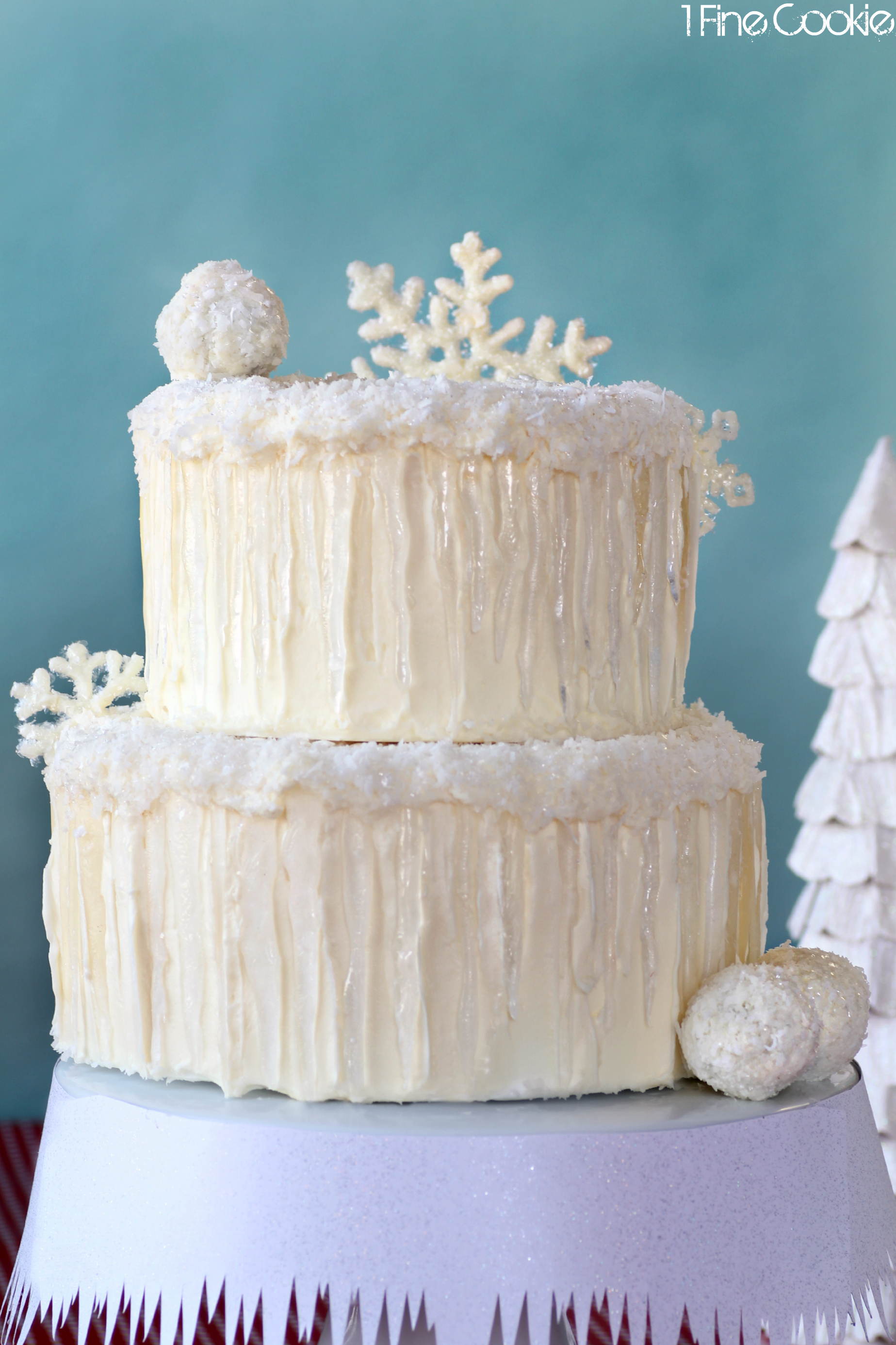 Winter Wonderland Snow Cake Complete With Snowflakes