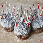 Game of Thrones Cupcakes Recipe, raspberry, sauce, GOT, throne, chocolate, swords, how to, DIY, medieval, cake, decorating, dripping, Game of Thrones, silver, spray, blood, fantasy, sci-fi, cupcakes, mini, fondant, party, viewing, ideas, ice and fire, recipe, royal, menu, tv, television, geek, food, fan, show, season, 1, 2, 3, 4, 5, preview, finale,